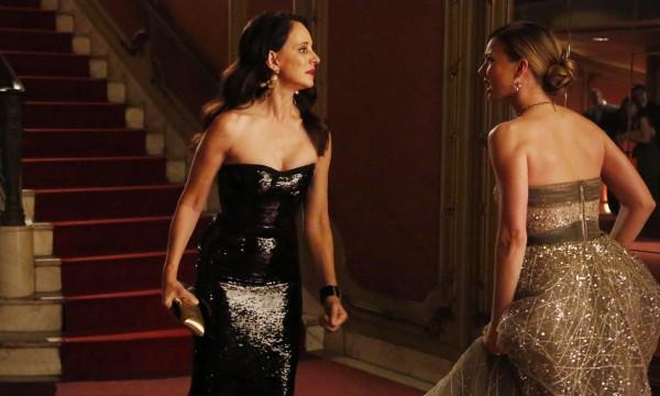 Victoria versus Emily, a briga de egos que mantém Revenge