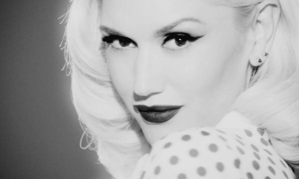 """Gwen Stefani é a rainha do chroma key no clipe de """"Baby Don't Lie"""""""