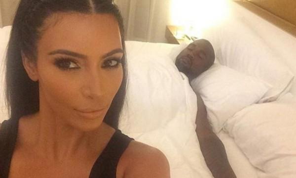 Cinco dicas de Kim Kardashian para uma selfie perfeita