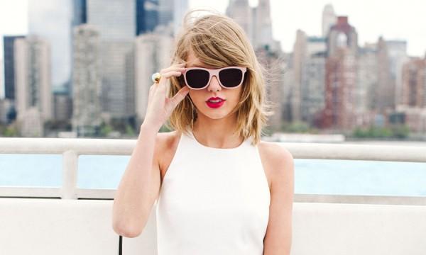 Taylor Swift mima seus fãs com audições secretas de novo disco