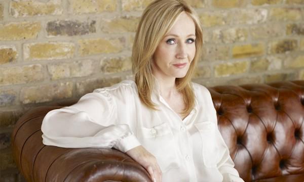 J.K. Rowling divulga seis novas histórias e anima Halloween dos potterheads