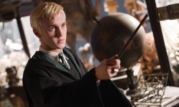 J.K. Rowling vai divulgar novas histórias de Harry Potter antes do Natal
