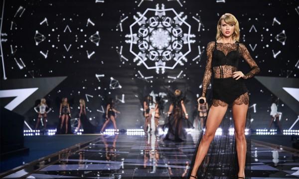 Taylor, Ed, Ariana e Hozier fazem bonito no Victoria's Secret Fashion Show