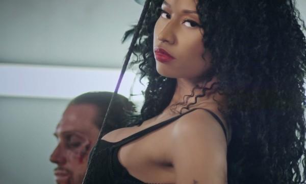 Nicki Minaj deixa a vida dos homens muito mais difícil em Only