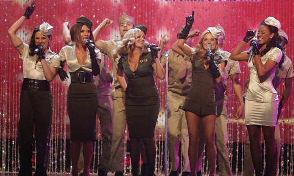 O Victoria's Secret Fashion Show é muito mais que um desfile de lingeries