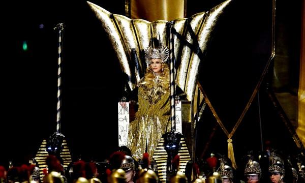 Dez apresentações para inspirar a Katy Perry no Super Bowl