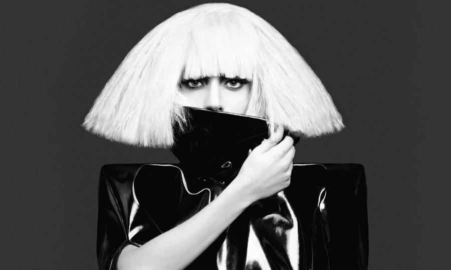 Lady Gaga assume o posto de protagonista em American Horror Story